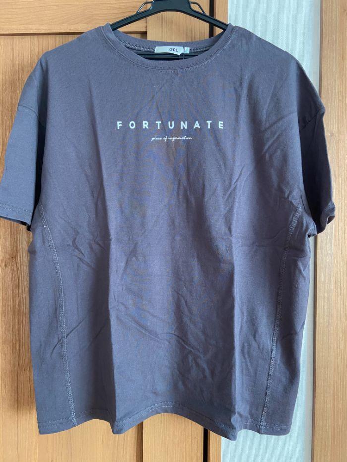 グレイル ブラックロゴTシャツ