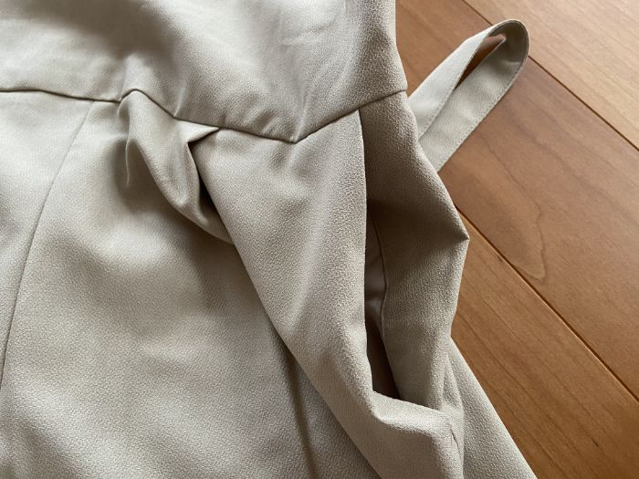 GUバックル付きサロペットワイドパンツのポケット